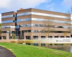 Meridian Corporate Center - 2525 Meridian Pkwy - Durham