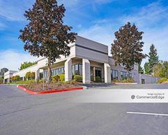 Park 217 Business Center - Building 7 - Tigard
