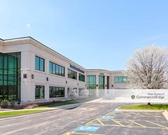Randall Point Executive Center - 2205 Point Blvd - Elgin