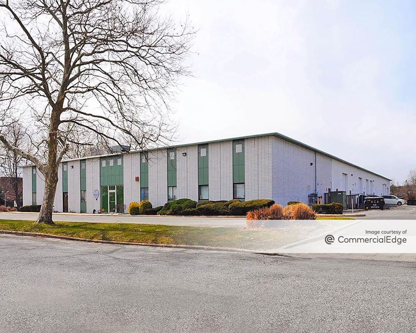 Rechler Business Park at Airport International Plaza - 1385 Lakeland Avenue