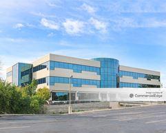 Executive Center V - Brookfield