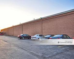 Lincolnwood Business Park - 3550 West Pratt Avenue - Lincolnwood