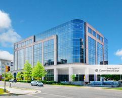 Prosperity Metro Plaza - Fairfax