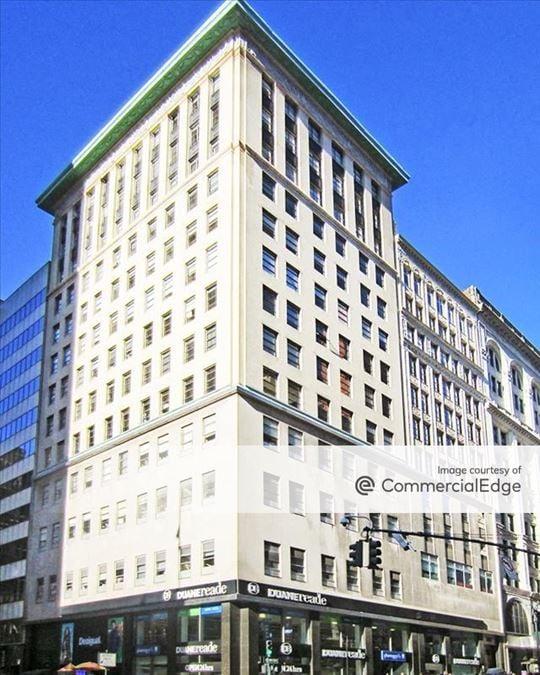 358 5th Avenue & 1 West 34th Street