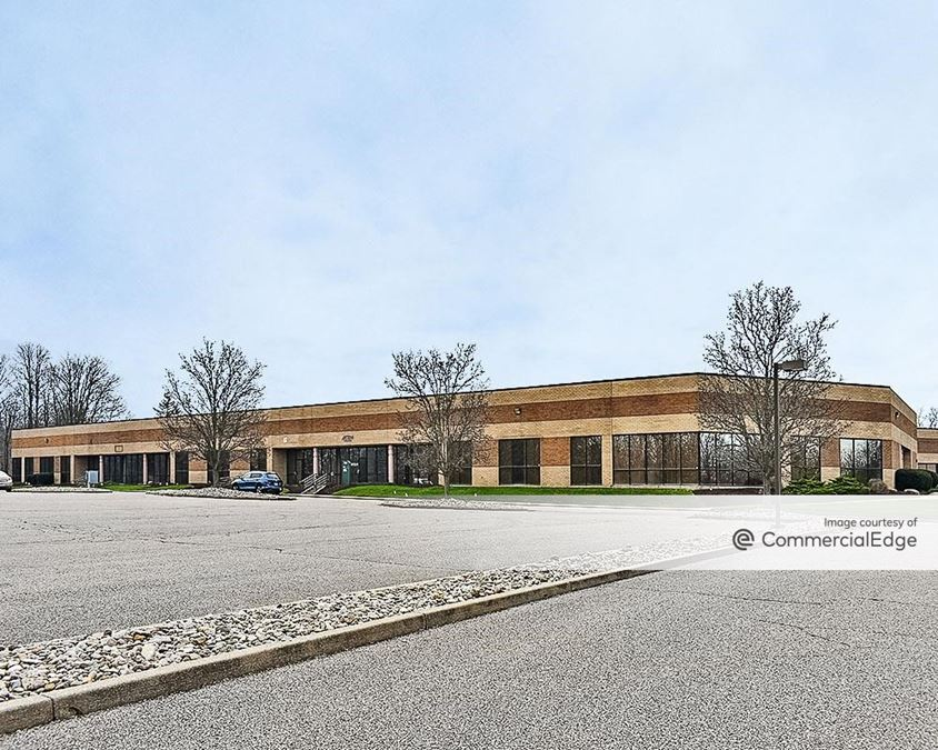 Kemper Woods Business Center