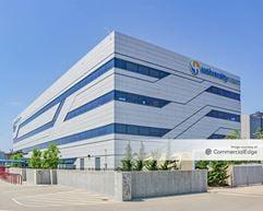University Health - 2101 Charlotte Street - Kansas City