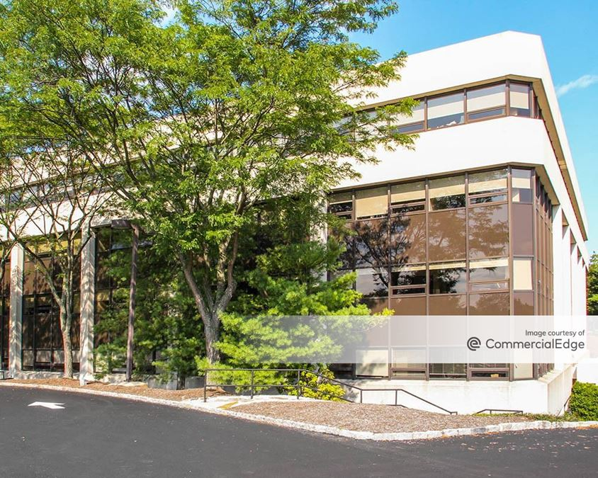 Westchester Park Center - 4 Westchester Park Drive