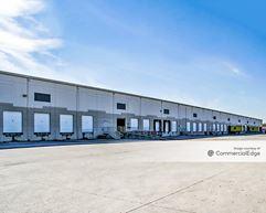 Portwall Distribution Center - 200 Portwall Street - Houston