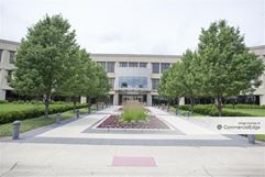 Kemper Lakes Business Center - One Corporate Drive - Lake Zurich