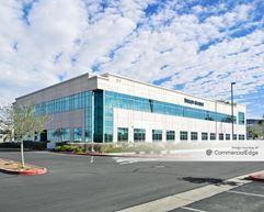 Stephanie Beltway Center - 170 North Stephanie Street - Henderson