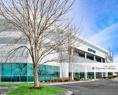 Inland Business Centre - 14702-14720 West 105th Street - Lenexa