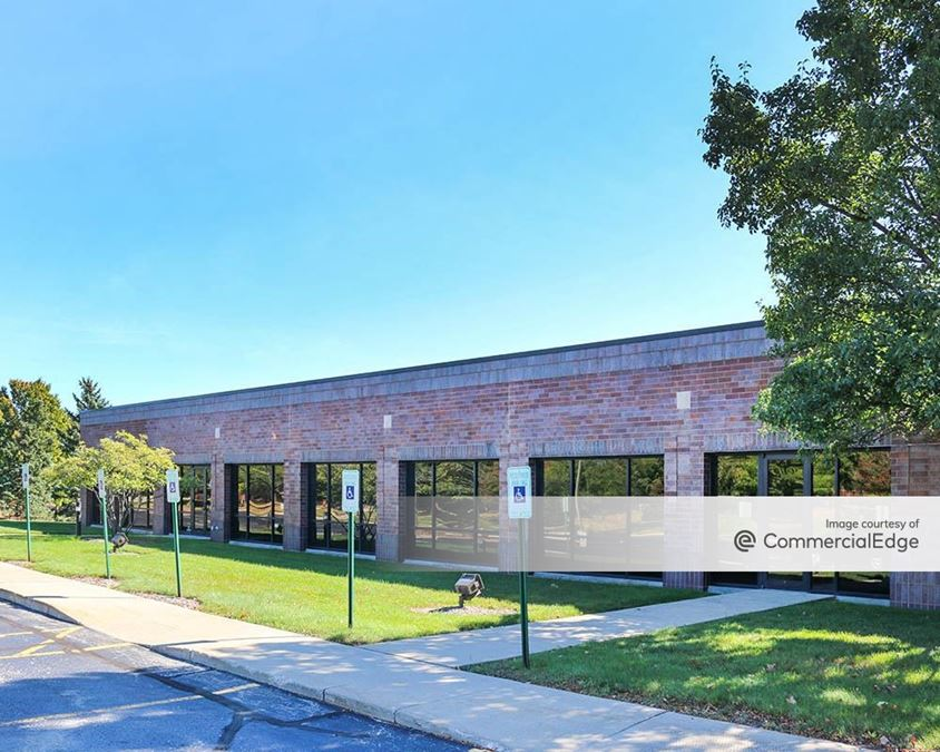Brookfield Lakes Corporate Center - 17975 West Sarah Lane
