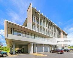 Cross County Corporate Center - Cincinnati