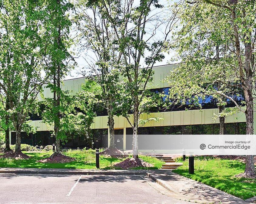 Lakeshore Corporate Center