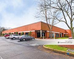 Thimble Shoals Business Center - Newport News