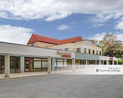 Broadway Business Center - Madison