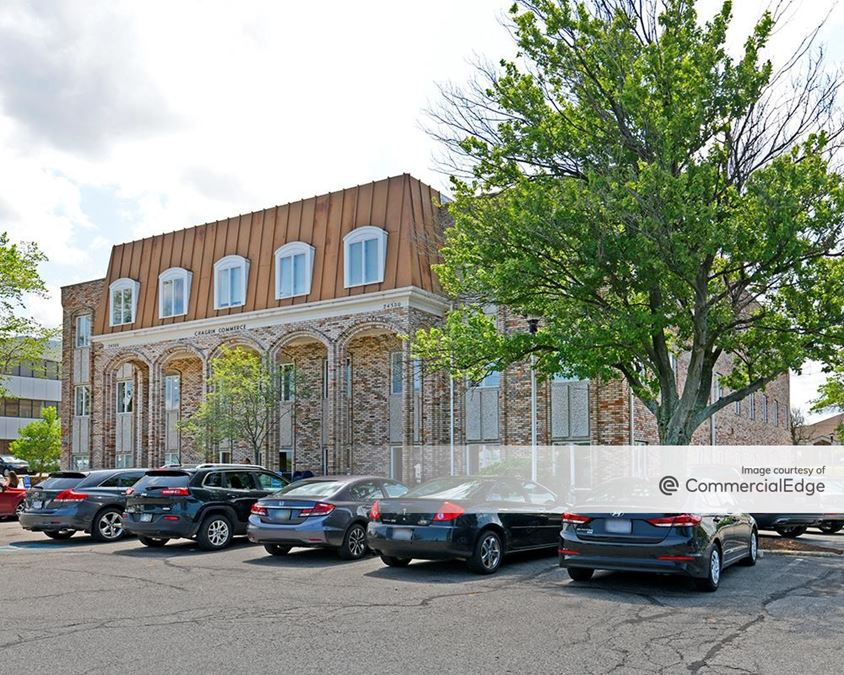 Chagrin Commerce Center Building