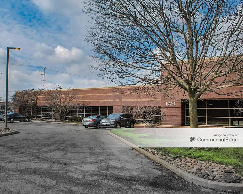 Corporate Plaza of Elmhurst