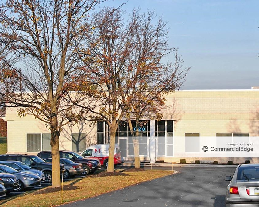 Rossmoyne Business Center - 5020 Louise Drive