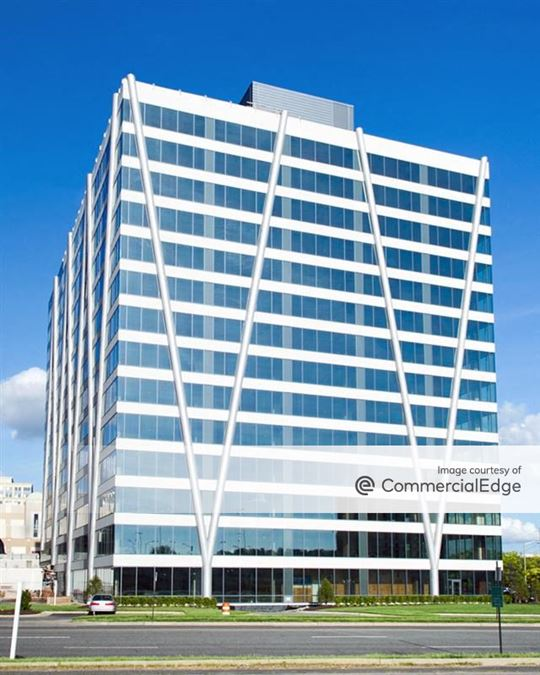 Hoffman Town Center - Block 6 - Carlyle Tower