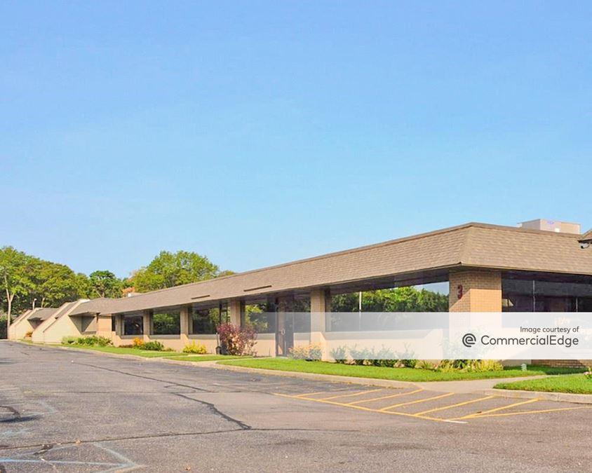 Brookhaven Executive Center - Buildings 3 & 4