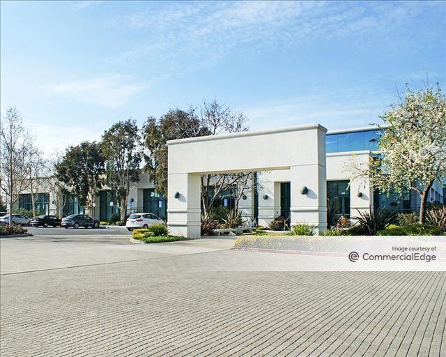 Redwood Shores Center