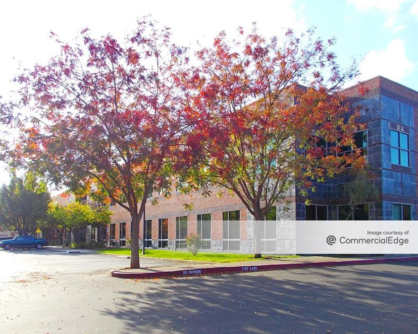 Business Central Gold River - 2377 Gold Meadow Way