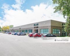 Prairie Oaks Corp Center - Eden Prairie