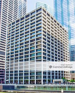 Hartford Plaza - Chicago