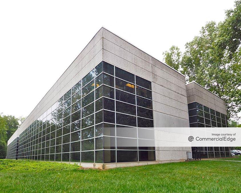 Water Ridge Office Park - Four, Five & Six Water Ridge
