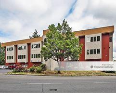 205 Business Center - Portland