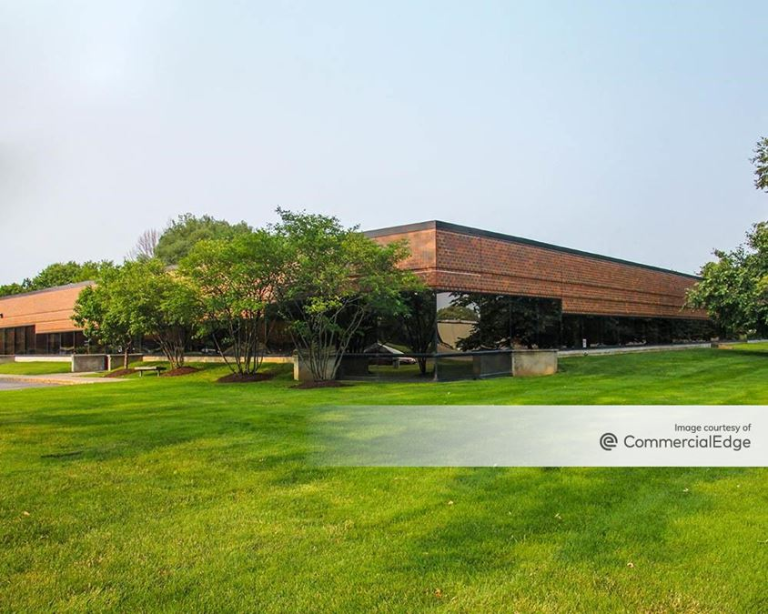 Pioneer Business Park - 5000 Campuswood Drive