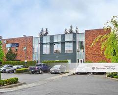 Evergreen Professional Plaza - Kirkland