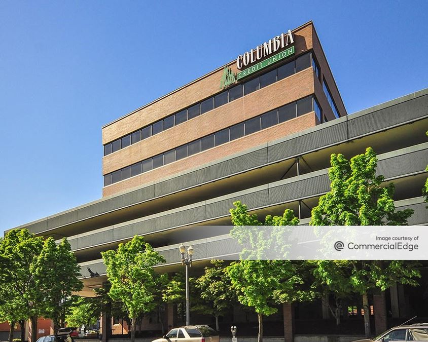 Murdock Executive Plaza