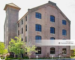 Water Tower Square - Building 300 - Jeffersonville