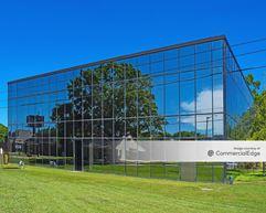 Saloom II Building - Lafayette