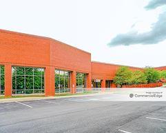 Gateway 270 - 22520 Gateway Center Drive - Clarksburg