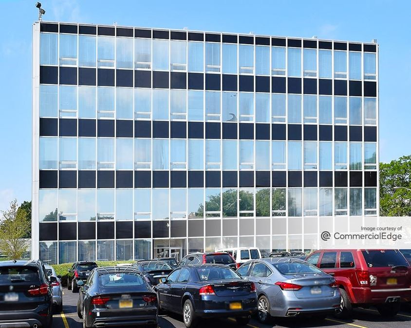 100 Merrick Road - East Building