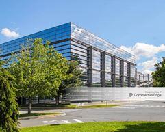 Avon Global Research & Development Center - Suffern