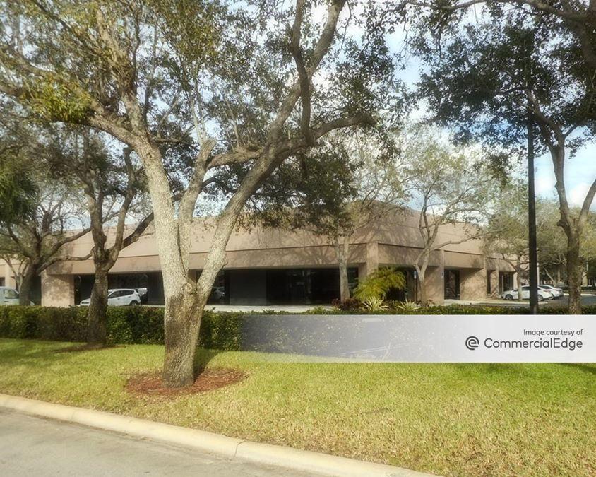 Miami Lakes Business Park West - 14621 Oak Lane