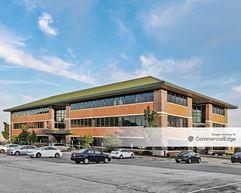 Honey Creek Corporate Center IV - Milwaukee