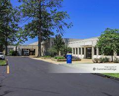Curtis Corporate Center - Eastlake