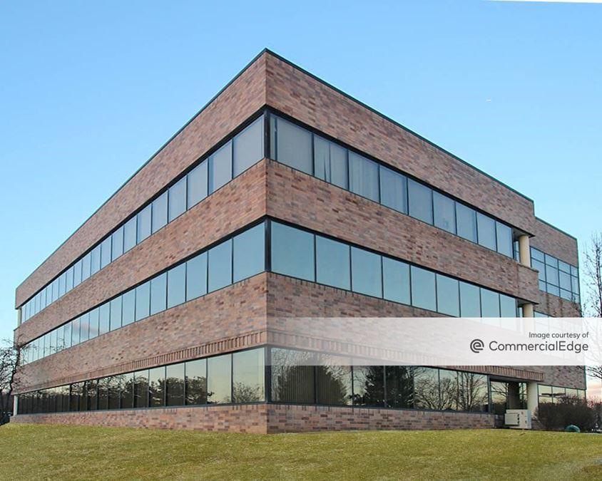 Lehigh Valley Corporate Center - 1495 Valley Center Pkwy