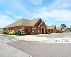 8920 Southpointe Drive - Indianapolis