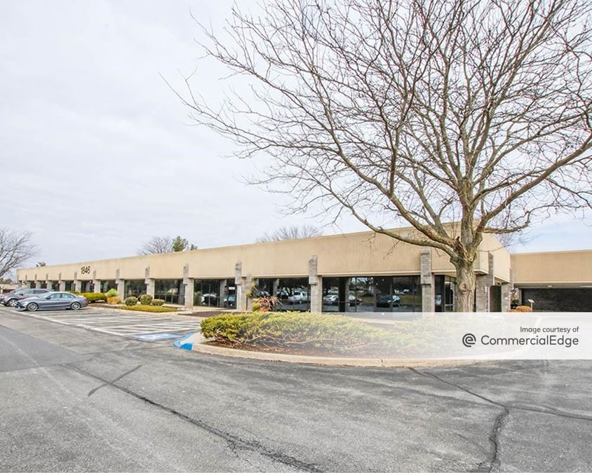Greenfield Corporate Center East - Business Center VI