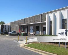 5665 New Peachtree Road - Atlanta