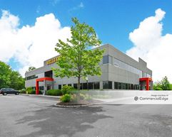 Freehold Business Center - Freehold