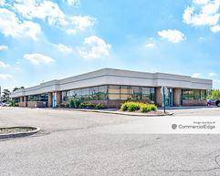 Laurel Park Center - Livonia