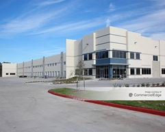290 Northwest Business Center - Cypress