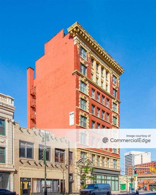 1308 Broadway Street